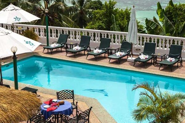 Le-Relax-Hotel-&-Restaurant-–-Mahe-Img