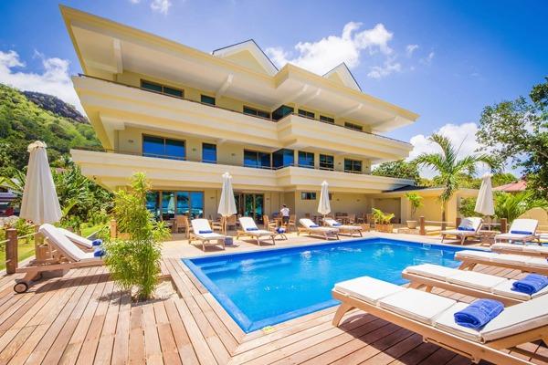 Crown-Beach-Hotel-Seychelles-img