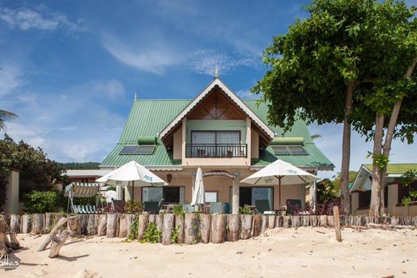 le-relax-beach-house-img