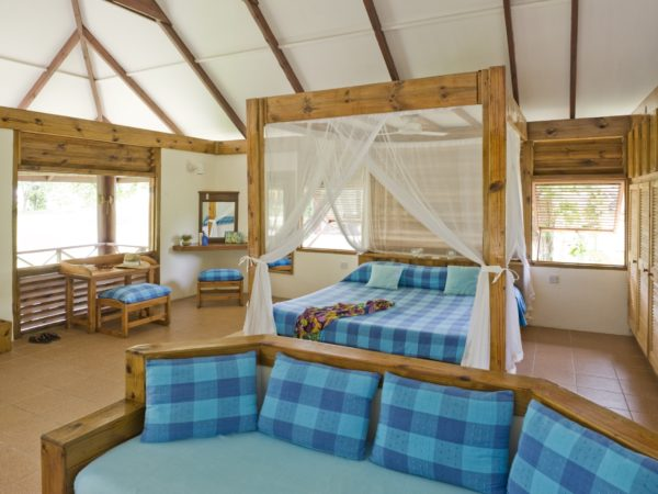 One-Island-Resort-Bird-Island-Lodge-Bedroom