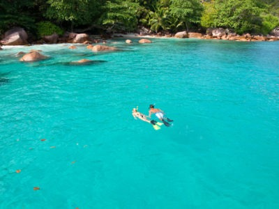 Snorkelling-in-the-Seychelles