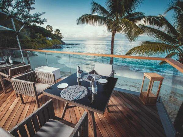 Carana_Beach Restaurants