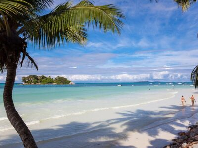 Le Duc de Praslin_Anse Volbert Beach